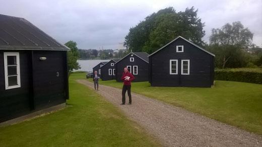 gern nahmen wir das Angebot, eine Hütte als Nachtquartier zu nutzen, an.