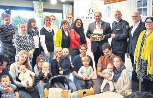 DIE STERNSCHNUPPE ist wellcome-Standort - ein Kooperationsprojekt mit der AWO  Hessen-Nord e.V. (Foto aus der HNA vom 6.12.17)