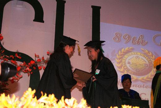 2014年ベンゲット州国立大学(BSU)の卒業式