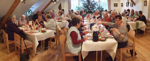 adventliches Frauenfrühstück am 17.12.14 im Heimathaus - Foto: HPD
