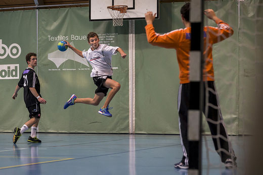 Die Bödeler U17-Junioren konnten gegen die SG LakeSide ihre Torchancen nicht nutzen. Archivbild: Ueli von Allmen