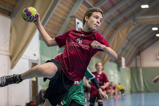 Das U15-Team der HG Bödeli konnte die enge Partie für sich entscheiden. Archivbild: Ueli von Allmen