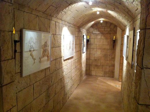 Kunststeinpaneel als Gewölbe M-136 Imperial ocker mit abgedunkelter Fuge