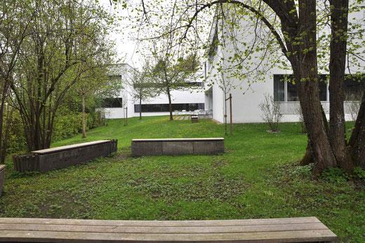Grünes Klassenzimmer im Garten