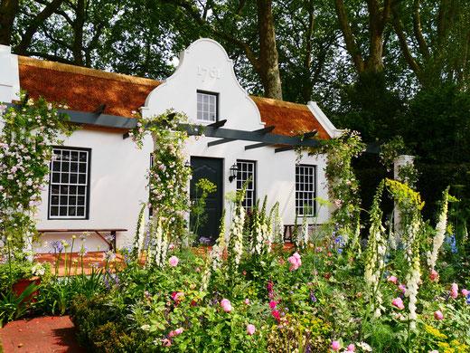 Romantischer Cottage Garten