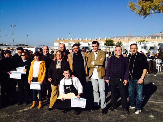 El Marino estuvo en el jurado. En la foto, Bati Bordes junto a los ganadores y las autoridades locales.