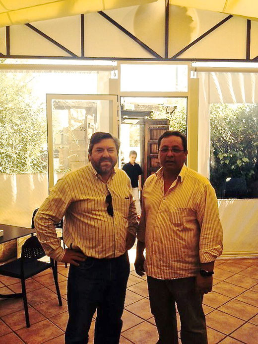 Rafa Carrió (Compromís y Rondalla Vent, Pols i Pua) junto al presidente del Pòsit, Juan Antonio Sepulcre. ¡Gracias por venir!