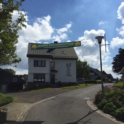 Gruß aus dem Oberdorf: Schöne Schützenfesttage!