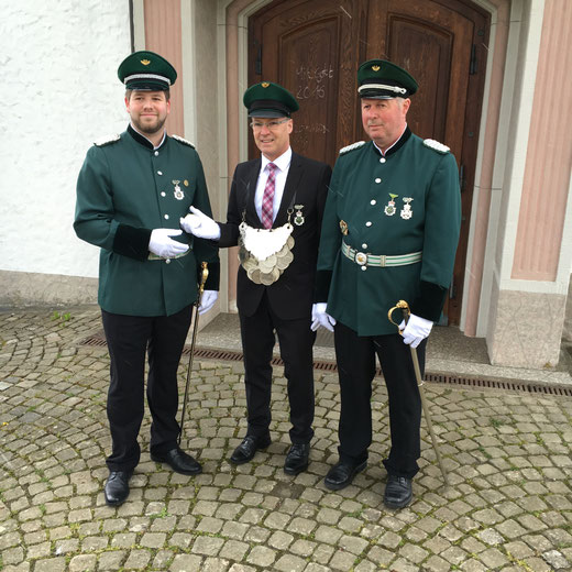 Major Benedikt Grebe, König Jürgen Weier & Ehrenmajor Heinz Schröder