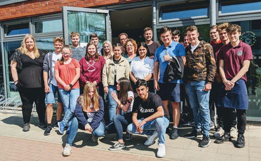Das Team vom Schülercafé der KGS Sehnde wird während des Dinners die Bewirtung und den Service übernehmen.