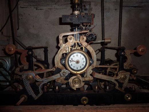 Horloge Montbenoit
