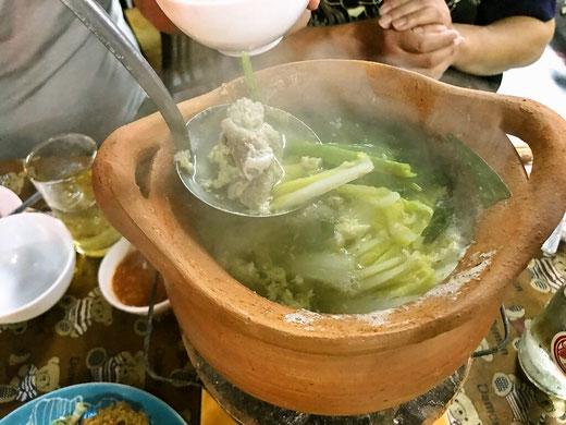 チムチュム タイの鍋料理