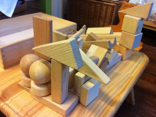 独楽工房木の積み木