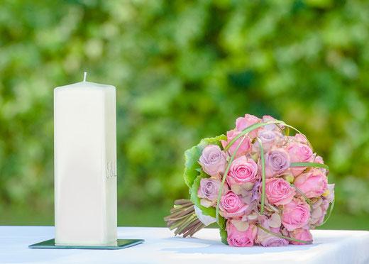 Brautstrauß Hochzeit Brautstrauß Trauung Blumenstrauß Hochzeit BLumen heiraten Trauzeremonie Hochzeitszeremonie Traukerze kerze Hochzeitskerze freie Traung Hochzeit