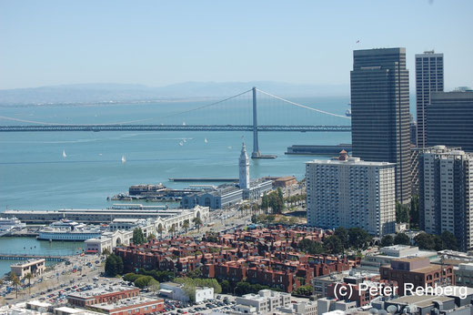 San Francisco: Bildmitte das Ferry Building