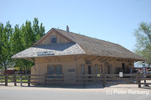 """Eingang zum """"Laws Railway Museum"""""""
