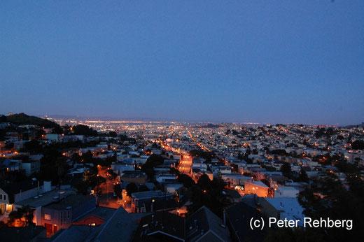 San Francisco: Noch mal ein Blick auf das abendliche San Francisco, grandios