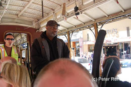 """San Francisco: Der Gripmann, er """"steuert"""" die Cabel Car"""