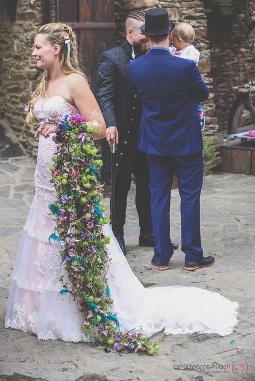 der längste #Brautstrauß