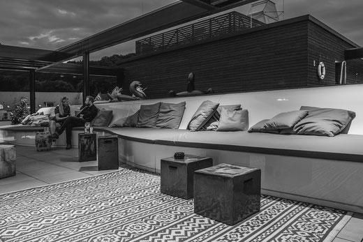 """""""Ganzjahres Sitzbank"""" Dachterrasse Hotel Roomers"""