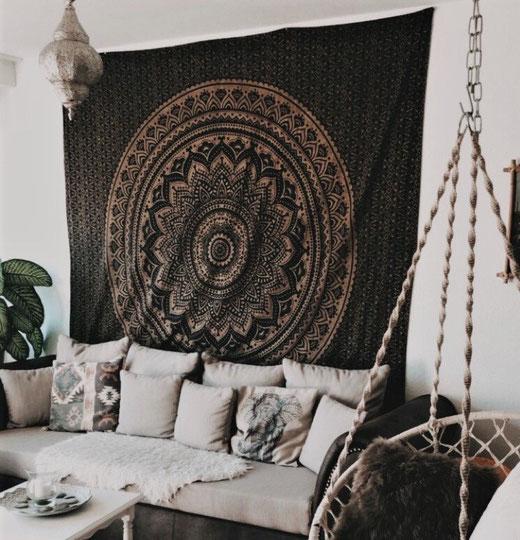 Mandala Wandteppich aus Baumwoll Stoff in schwarz gold