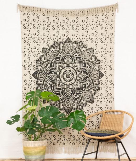 Wandteppich mit Lotus Mandala und Fransenrand