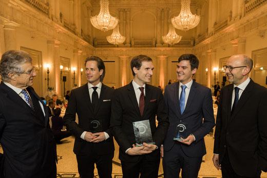 Von links Bruno Kübler, Tilman Rauhut, Patrick Keinert, Johannes Richter, Lucas Flöther. Preisträger und Laudatoren Wissenschaftspreis © 2018 Sven Döring