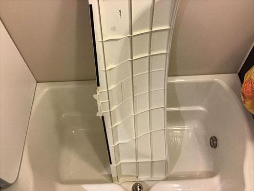 幸区 風呂釜配管洗浄 エプロン内洗浄 浴槽裏洗浄