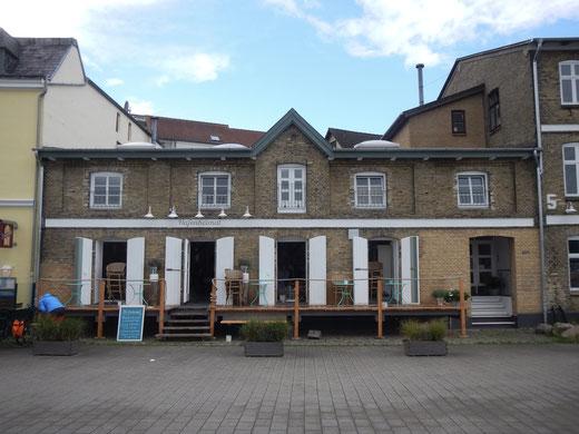 Hafenheimat in Kappeln. Restaurant von Hella Peperkorn und Ehemann