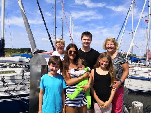 Peer, Chrissie, Lea, Linchen, Joshua, Chiara, Esther- Foto: Alex
