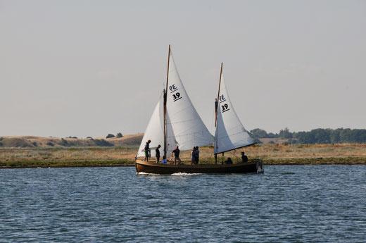 """JWK """"Möwe von Köhlfleet"""" auslaufend Korshavn"""
