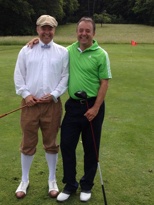 1.6.2012: HIstorischer Moment, Joe sehe ich das erste Mal Hickory Golf spielen