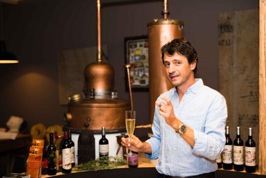 Swen und Anke Tweer (Moosburger Hof) mit José Antonio Pellicer und Jef Van Eccelpoel (Bodega Inurrieta) am 29.09.2017 während des jährlichen Weinevents