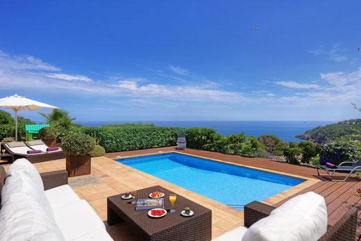Location vacances à Begur, villa pour 6 personnes avec belle vue mer et piscine privée à Begur, Costa Brava