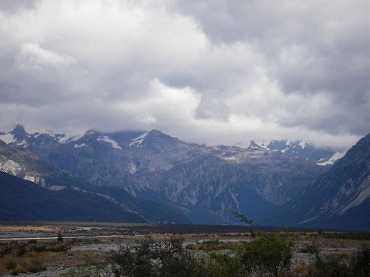 Blick in die Alpen bei Athur's Pass