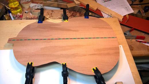 Gitarrenboden aus Speierling