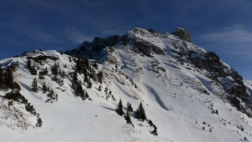 Blick von der Sonnenalm auf die Läuferspitze