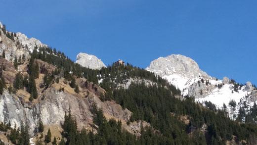 Blick aufs Gimpelhaus (Bildmitte)