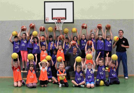 WVB e.V. sponsert Basketballprojekt für die Grundschule Bentwisch