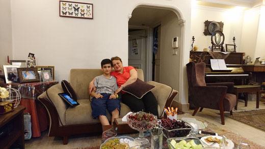 zu Hause bei Mehrdad