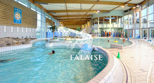 Situé à 3 km des chambres d'hôtes de chez-pommette-et-billy.fr, le centre aquatique est idéal pour se rafraichir et se divertir en famille; l'été, un bassin extérieur est ouvert