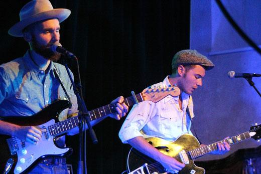 BRTHR war ein würdiger Abschluss des Festivals. Philipp Eissler (links) und Joscha Brettschneider kurbelten mit ihrer coolen Auslegung von Country, Rock und Folk auch kräftig das Kopfkino an.