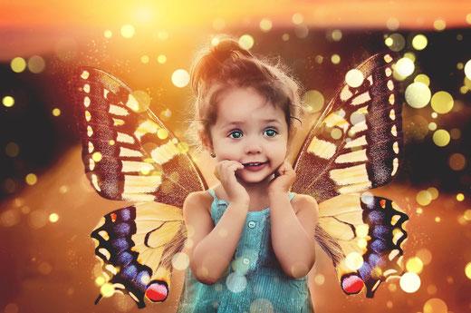 Kind, Magie, Schmetterlingsmädchen, Elfe, Lichtpunkte, Schutzengel, Seelenbild