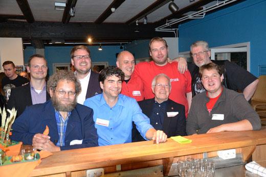 SJR-Vorsitzende aus fünf Jahrzehnten (v.l.) Dr. Thorbjörn Ferber (Stadt Buxtehude), Albrecht Ropers, Achim Biesenbach, Marc Olszewski (Stadtjugendpfleger), Jörg Blanke, Robert Kamprad, Frank-Christian Harder, Martin Fröning, Martin Biesenbach