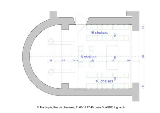 Exemple de répartition des sièges dans le chœur fermé par un rideau