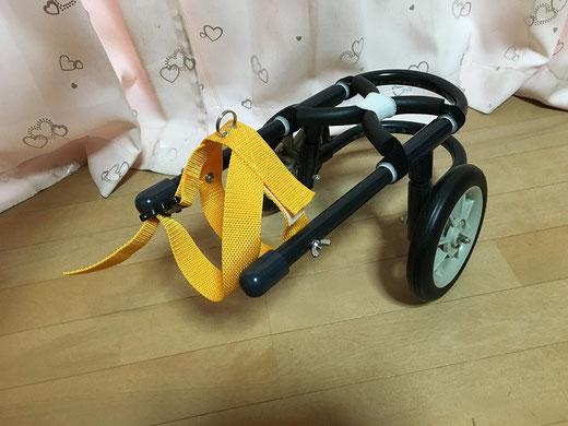 ゴロンちゃん用犬の車椅子