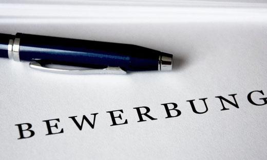Webdesigner für Internetseiten in Aschaffenburg / Webdesign für Landingpage in Aschaffenburg / Jeder Dritte liest Arbeitgeber-Bewertungen online