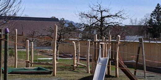 Bald kann der Spielplatz wieder genutzt werden. Bild: Ref. Kirche Gossau ZH