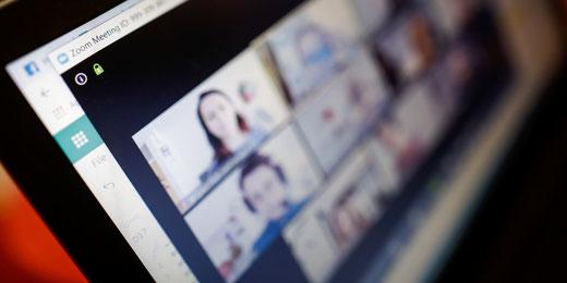 Gemeinde Gossau ZH bietet Schnuppernachmittage via Zoom-Meeting. Bild: Adobe Stock