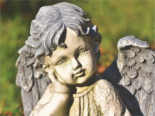 In Grüningen werden Gräber nach Ablauf der gesetzlichen Ruhefrist geräumt (Symbolbild)